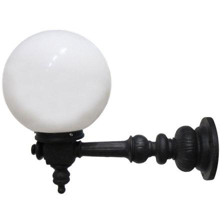 Rådhuslampa Lysvik-M med Glob